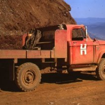 Image of S1083 - Hanna Nickel Co. mining operation on Nickle Mountain near Riddle, OR.  1978