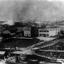 Image of C160 -  Reedsport.  Early photo of dock area