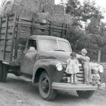 Image of Hay Truck