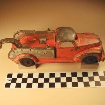 Image of Toy tow truck view 1