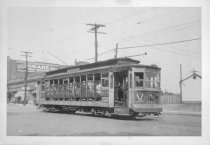 Image of Car #1142 on Williamsbridge Line, Gun Hill Rd., August 1947.