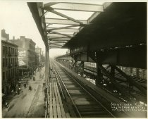 Image of 1st Avenue & 14th Street Station with Track