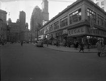 Image of Fulton Street at Pearl Street, Brooklyn, NY, January 10, 1946