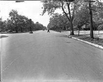 Image of Ocean Parkway and Avenue N, Brooklyn, NY, May 09, 1945