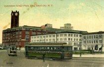 Image of Queensboro Bridge Plaza trolley