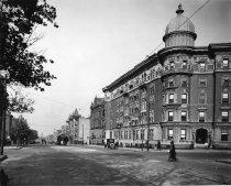 Image of Vanderbilt Avenue at Plaza Street, Brooklyn, NY, 1921