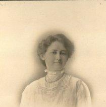 Image of Mabel Fullerton