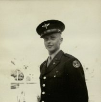 Image of Robert (Bob) Frizell - US Army Air Forces, WWII