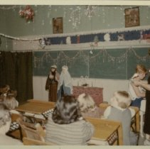 Image of L'Dora School Class - Christmas Time