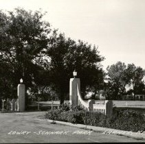 Image of Lowrey-Schnack Park Entrance