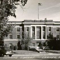 Image of Cummings Library - Larned, Kans