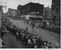 Image of Butte High Purple B's and band parade