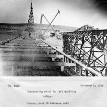 Image of UNRS-P2008-18-3820 - Reinforcing steel in left spillway bridge. Camera over #5 buttress wall. November 9, 1914.