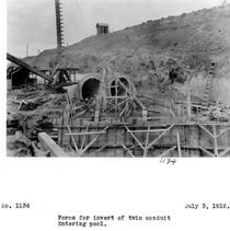 Image of UNRS-P2008-18-3534 - Forms for invert of twin conduit entering pool. Lahontan Dam. July 3, 1912.
