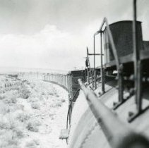 Image of UNRS-P1987-23-3423 - Photograph of Southern Pacific. View of a narrow gauge drag. Near Biglow. 5-12-50.