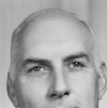 Image of UNRS-P2003-10-079 - Jordan J. Crouch, Vice president.  Photo by Conant Studio