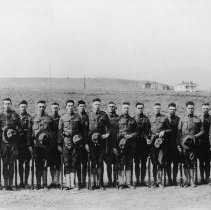 Image of UNRA-P3284-4 - Student Army Training Corps in front of Mackay Training Quarters.