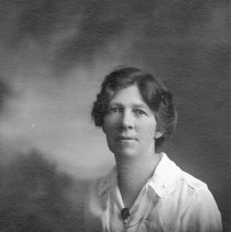 Image of UNRS-P2000-06-0333 - Crissie Caughlin, August 1917, age 49.  Reno, Nevada.  Photo by Goodner.