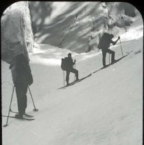Image of UNRS-P2006-08-273 - 21-16. (figures) [Box Title: Donner Summit in Winter, Sierra Club, Norden. [Markers in Box: Donner Pass in winter, Skiing to Lyell Feb 1934.]