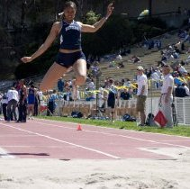 Image of UNRA-P3601-00235 - 2006 Women's Outdoor Track meet at UCLA, April 8th, Ashley Mathis.