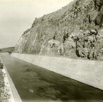 Image of UNRS-P0088-04 - Photograph of Derby Dam. Truckee River Dam. Truckee-Carson Irrigation Project.