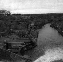 Image of UNRS-P2008-18-0733 - [Polaroid Photo Album 3- 26' Mile Drop circa 1956 [Lahontan Dam, Misc]