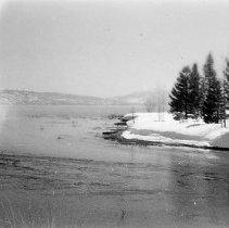 Image of UNRS-P2008-18-2205 - [B_W photos- Misc. Lake Tahoe Views].