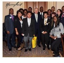 Image of UNRA-P3574-00041 - Color photograph of unidentified TRIO Program Upward Bound students with U. S. Senator Harry Reid in Washington, D.C. (March 2010)