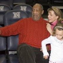 Image of UNRA-P3528-15 - Actor Bill Cosby sitting with Cindy Fox and Olivia Fox (February 16, 2007)