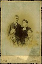 Image of Rev. C.A. Larson family papers - Gottfried and Hilda Cederstam-Haff with Ernst and Ester