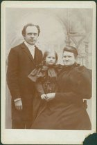 Image of Scandinavian American Portrait collection - Ekstrom family