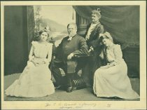 Image of Evald family
