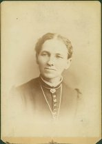 Image of Scandinavian American Portrait collection - Mrs. J. A. Fredricks