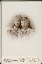Image of Scandinavian American Portrait collection - Anna and Bertha Gustafson