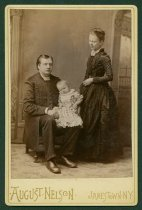 Image of Holmes family