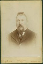 Image of Scandinavian American Portrait collection - Loke O. Larson