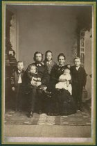 Image of Scandinavian American Portrait collection - Lindeblad family