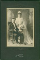 Image of Scandinavian American Portrait collection - Gottfrid and Elin Olson