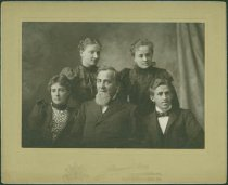 Image of Scandinavian American Portrait collection - Olsson family