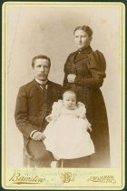 Image of Scandinavian American Portrait collection - Ostrom family