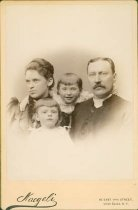 Image of Scandinavian American Portrait collection - Stolpe family