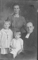 Image of Scandinavian American Portrait collection - Benson family