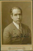 Image of Scandinavian American Portrait collection - Niels Bohr