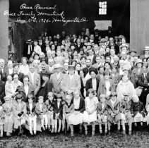Image of Price Family Reunion, 1926