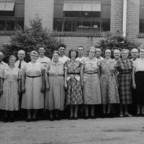 Image of Nyce Manufacturing Co employees, Vernfield, 1956