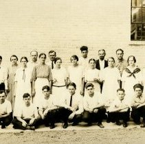 Image of Nyce Manufacturing Co. employees, Vernfield, 1924