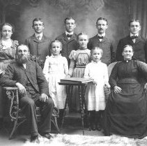 Image of John & Mary Schantz Longacre family