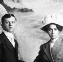 Image of Menno and Esther Clemmer Souder, ca. 1912
