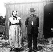 Image of Daniel & Maggie Histand Gahman, ca. 1925