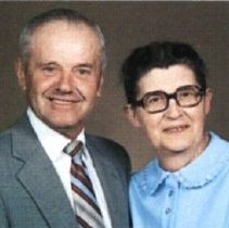 Image of Alvin & Anna Rosenberger Detweiler, ca. 1987